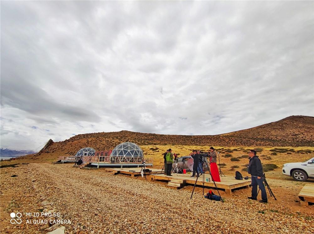 图片包含 户外, 山, 草, 沙漠描述已自动生成